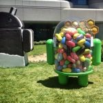 Android Jelly Bean statue (XDA_Developers)