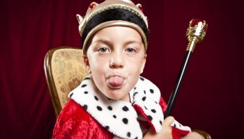 boy kid crown scepter arrogant arrogance rasperberry