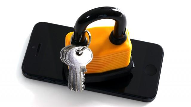 lock key smartphone iPhone