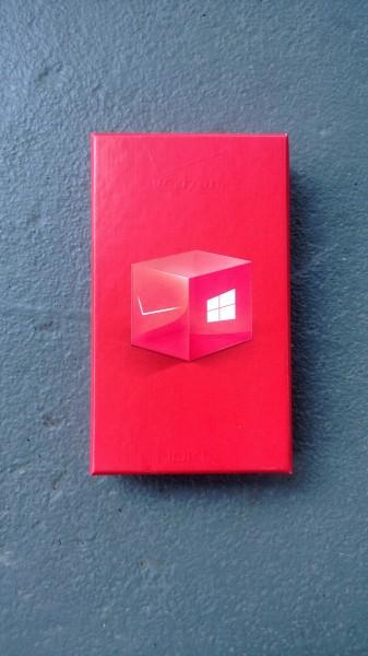nokia-lumia-928-box