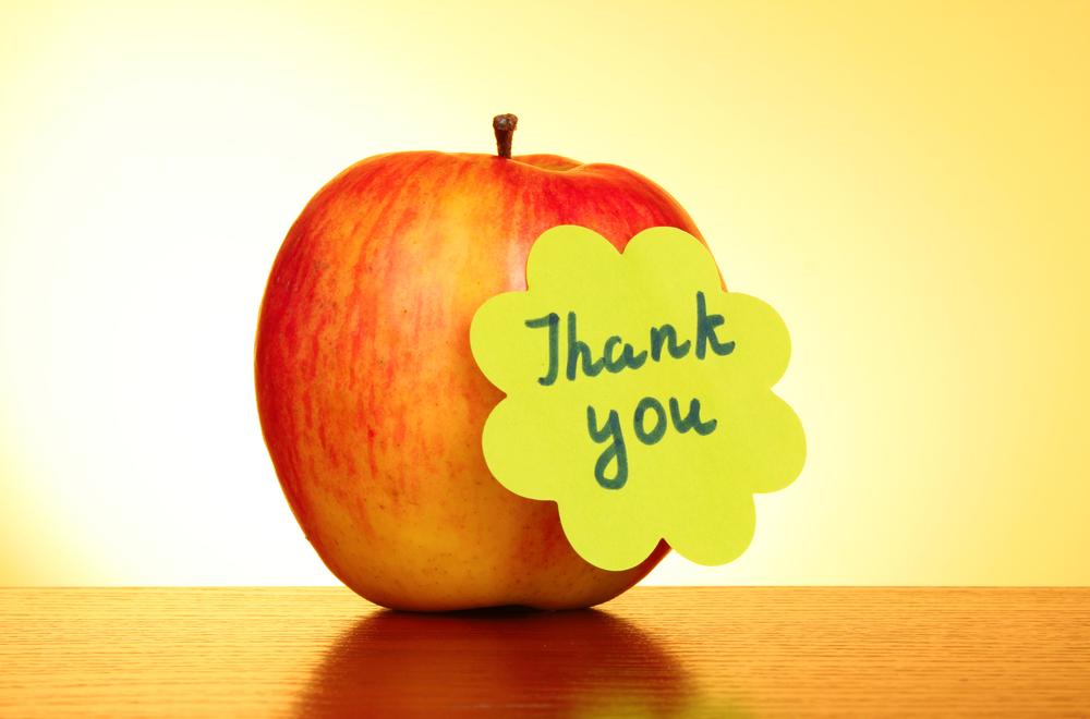 День, спасибо на открытке с яблоками