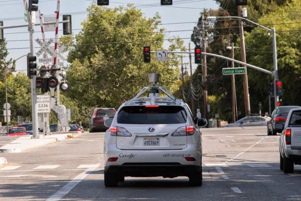 Google's self-driving car cruises around the city   BetaNews