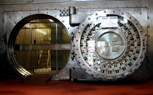 bank_vault_security_800_contentfullwidth