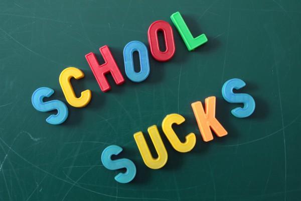 sucksschool