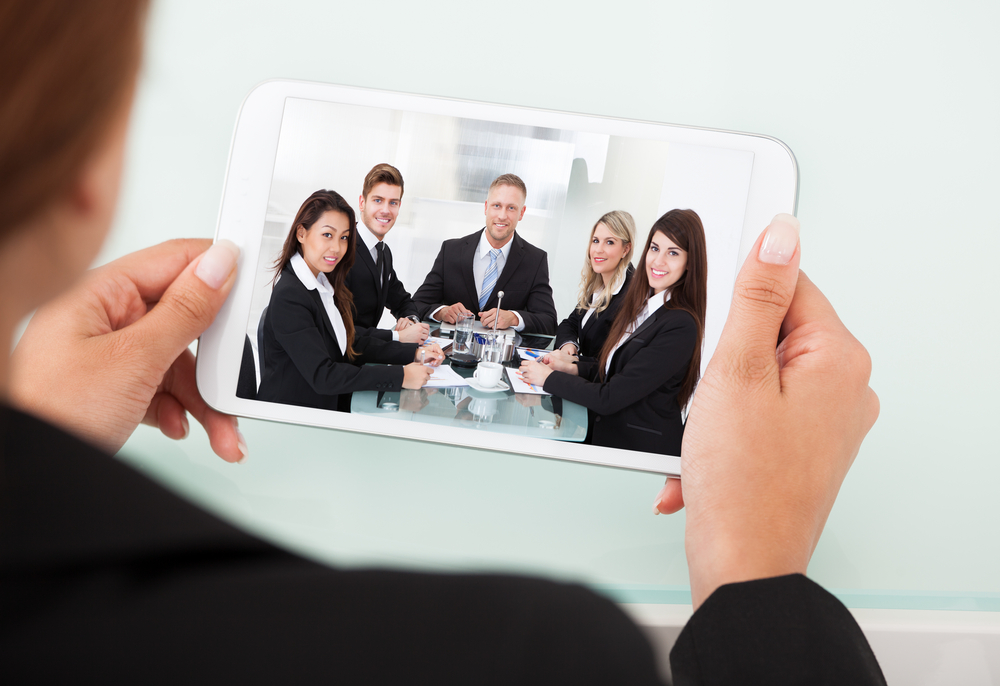 How video conferencing helps businesses cut costs