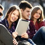 college-students-using-smartphones-and-tablets_contentfullwidth