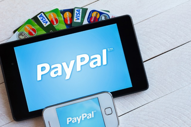 apple customers can now pay online using paypal. Black Bedroom Furniture Sets. Home Design Ideas