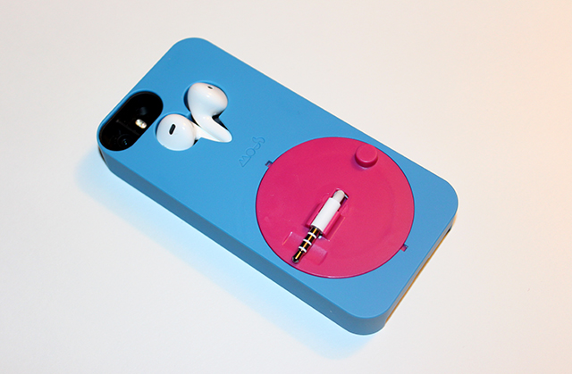 Mous Musicase: The iPhone case that puts an end to lost and tangled headphones [Review]