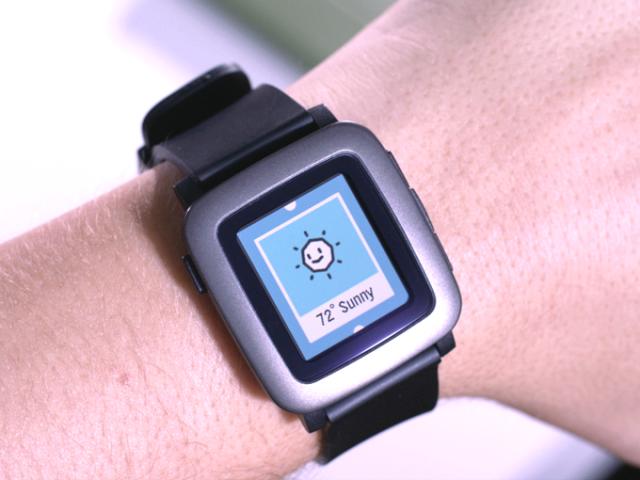 Pebble Time on wrist