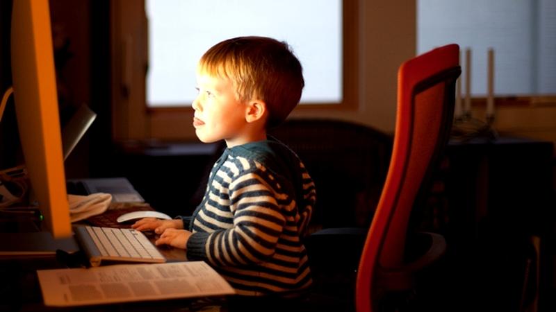 Child-online-800x450