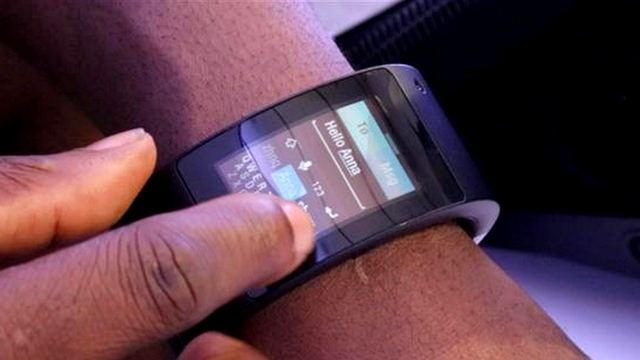 puls-smartwatch-will-i-am_contentfullwidth