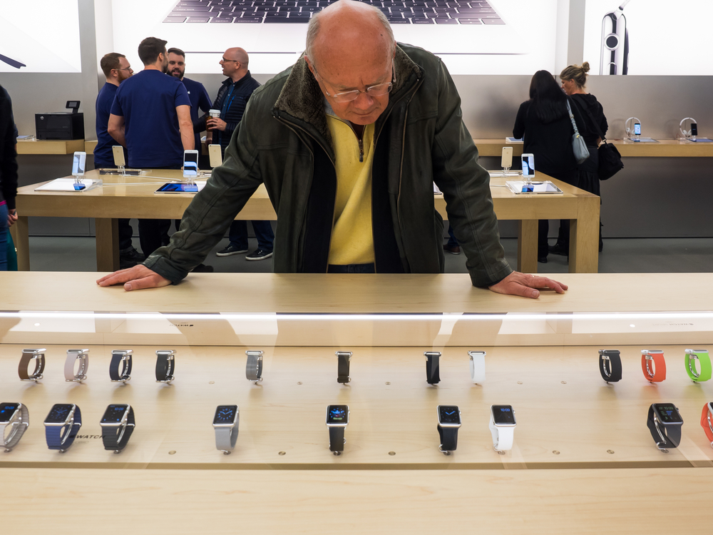 Apple Watch buyer