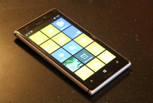 wp10051_lumia925