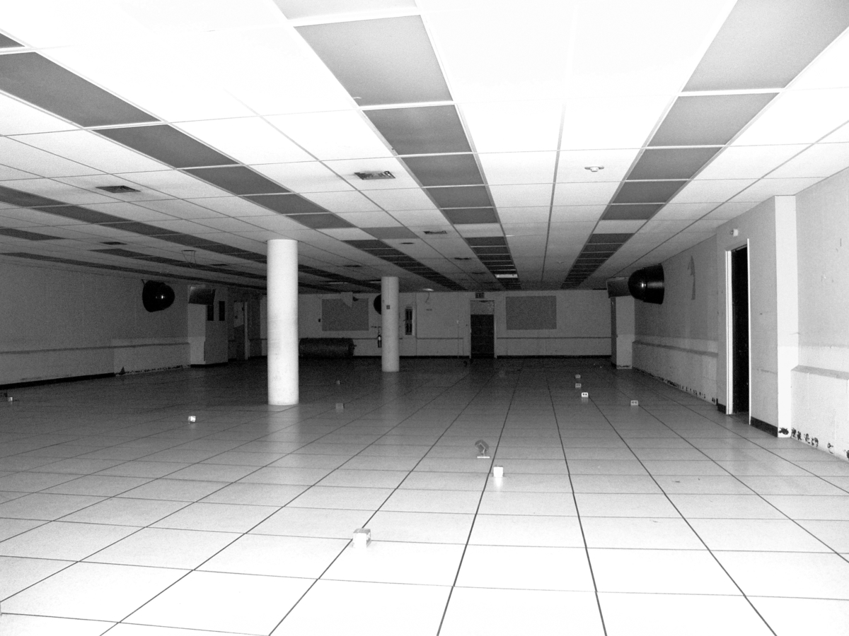18326481-empty-computer-room-abandoned-building-basement-sf-old-mint