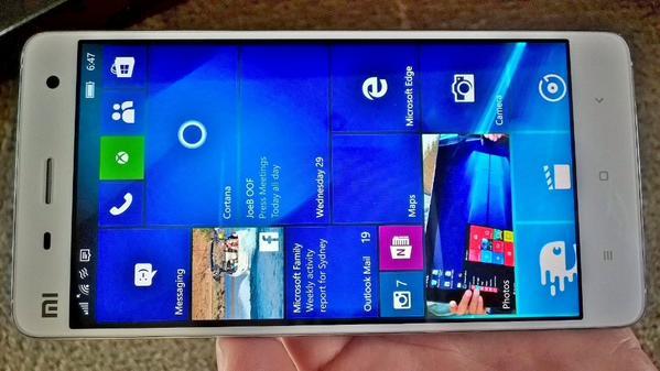 Xiaomi Mi4 running Windows 10 Mobile 10240