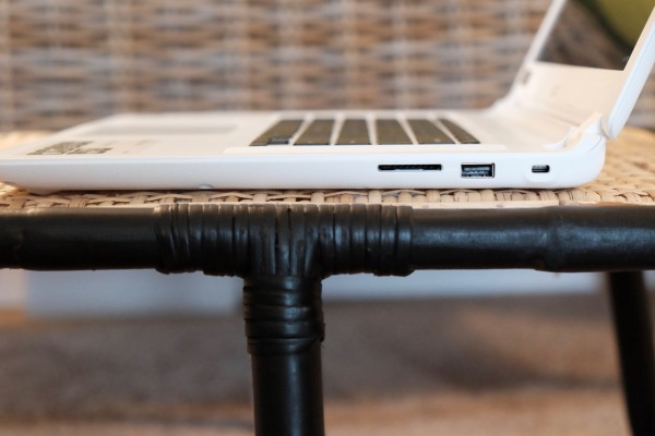 Acer Chromebook 15 Ports Right