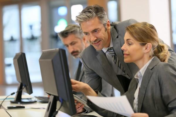 Desktop PC employees