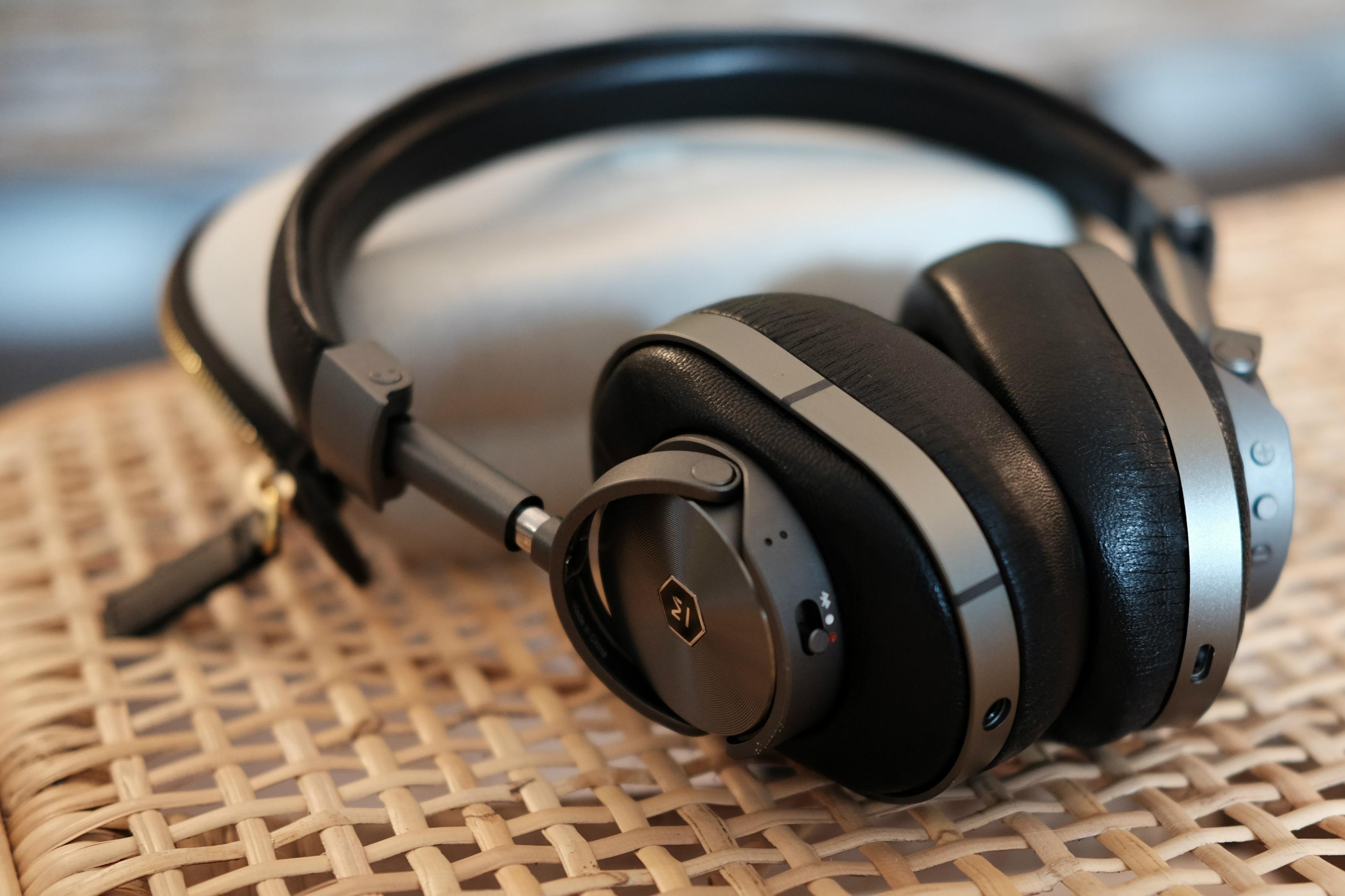 e2f8030529e Master & Dynamic MW60 wireless headphones [Review]