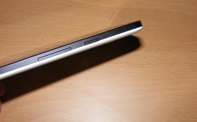 Google Nexus 5X Side