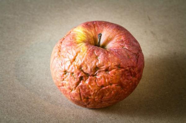 moldy_apple
