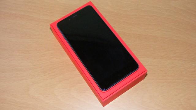 OnePlus-X-box