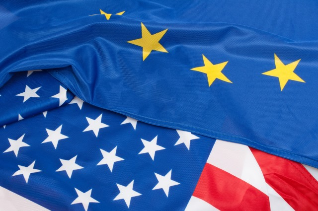 eu_us_flags