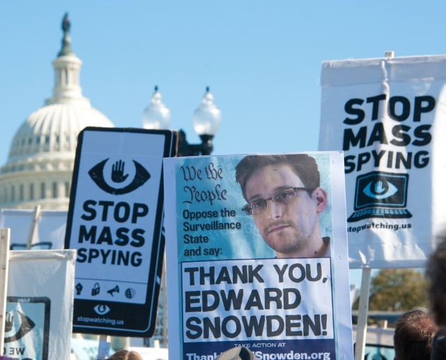 edward_snowden_protest