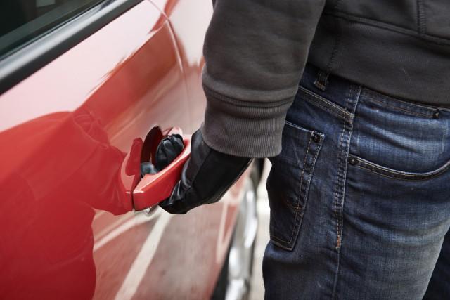 thief car door handle steal theft