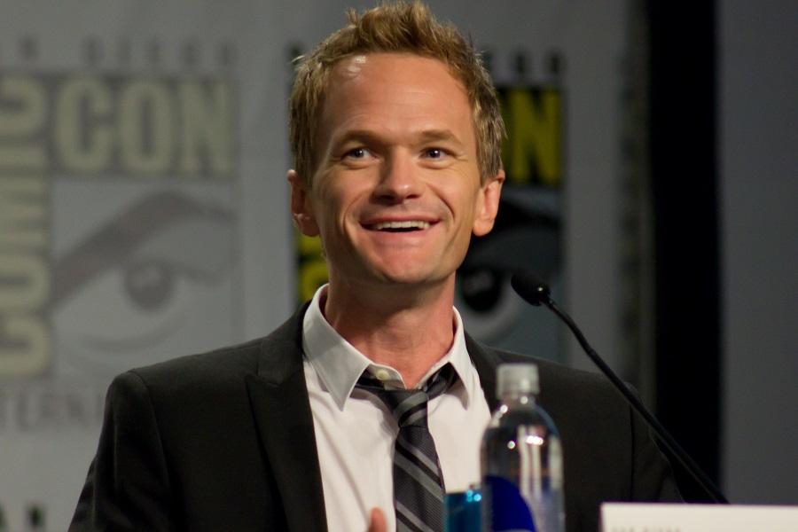 neil patrick harris says thank you with siri and iphone
