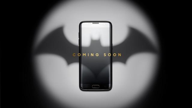 Samsung Galaxy S7 edge Injustice Edition phone