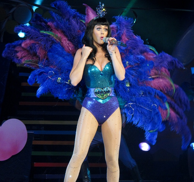 Katy Perry is the queen of Twitter -- first person to hit ...