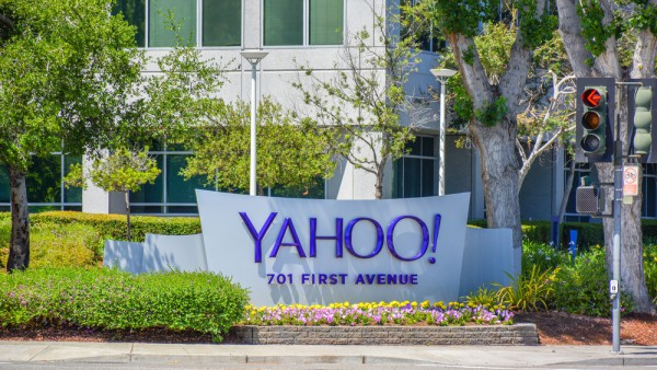 Yahoo sign logo building