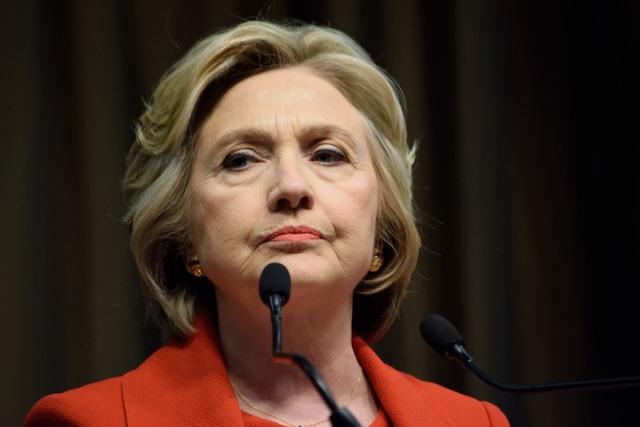 """美大选添重大变数!FBI重启希拉里""""邮件门""""调查 司法部长反对无果 - 纽约文摘 - 纽约文摘"""