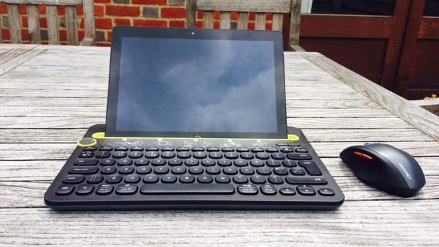 BQ Aquaris M10 Ubuntu Edition front