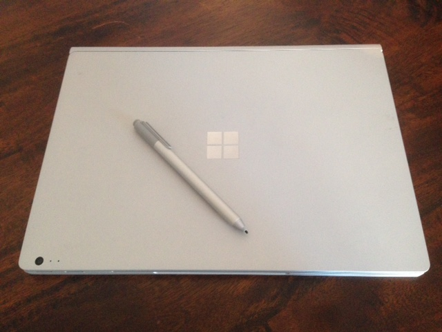 Microsoft Surface Book closed Pen