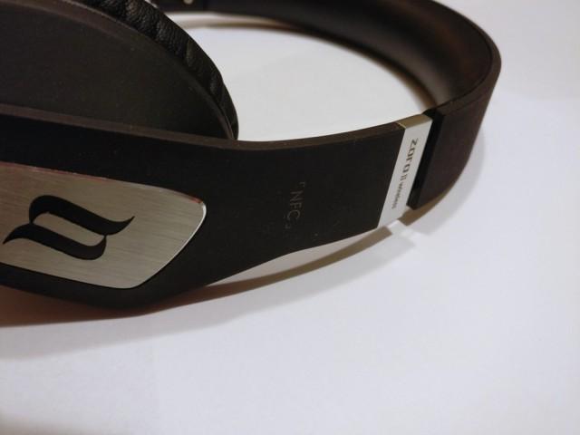 Noontec ZORO II wireless headphones side can other