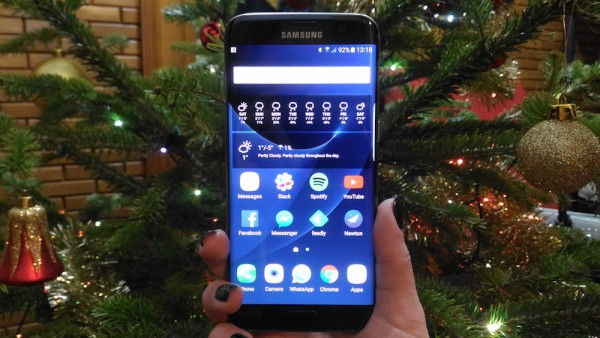 Samsung Galaxy S7 edge Christmas tree