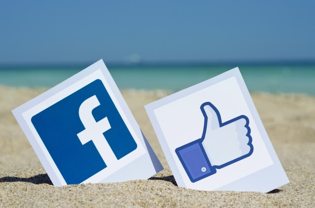 facebook-like-beach