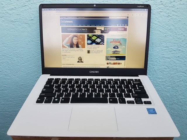 Chuwi LapBook 14.1 Front