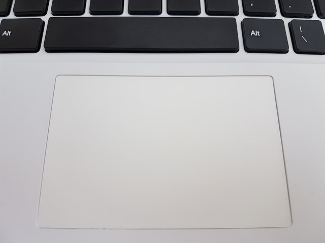 Chuwi LapBook 14.1 touchpad