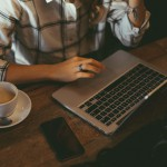 macbook coffee desk