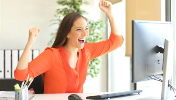 Woman_Computer_Yay_Excited_Happy