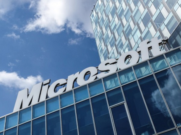 Microsoft Mixes Ai And Cloud To Drive Business Transformation