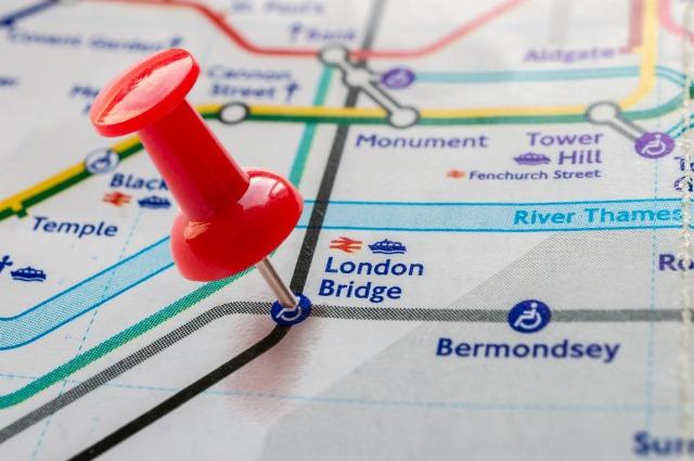 london-bridge-pin