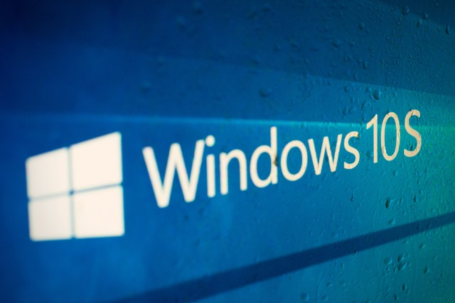 Thanks to Word macros, Windows 10 S isn't as secure as Microsoft would have you believe