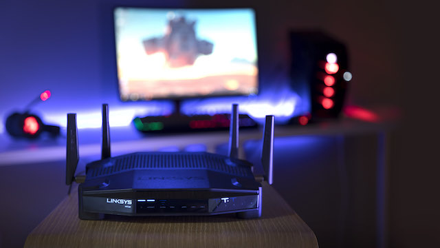 Linksys_WRT32X-Lifestyle_Product