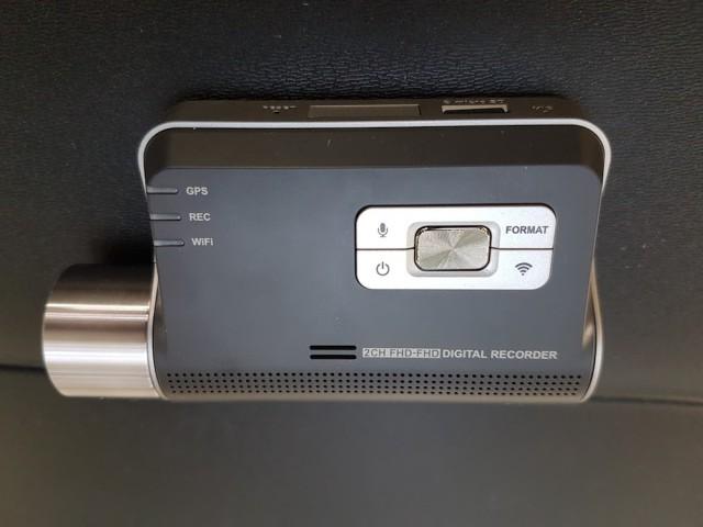 Thinkware F800 dash cam top