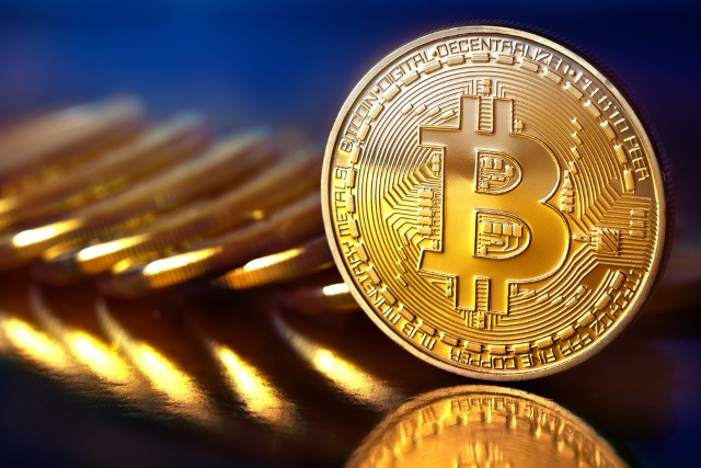 Bitcoin surges past $4000, sets more records