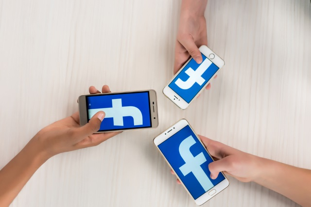 facebook-on-mobiles