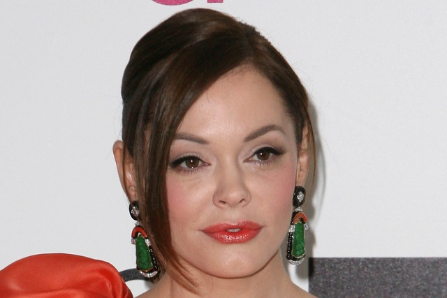 photo image Twitter temporarily suspends Rose McGowan following Harvey Weinstein tweets
